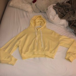 Tops - Yellow cropped hoodie